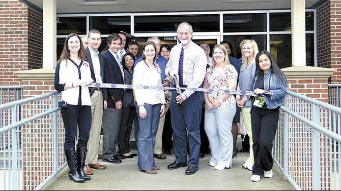 Ribbon-cutting-Dr-Andrew-Harper-Apr-7-1301-Sigman-Rd-Suite-225-general-surgeon-026