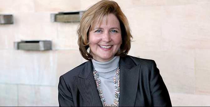 Armstrong-Deborah---RMC-CEO-007
