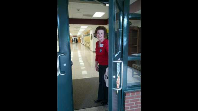 Fieldstone precinct poll worker Carol Townsend at PCE
