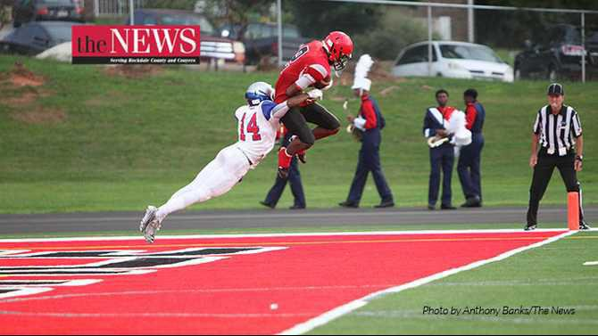 IMG 3880-First-touchdown---Rockdale-News-by-Anthony-Banks-8-21-15-RCHS-HHS-season-opener-2015
