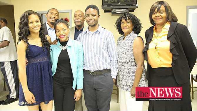 Rockdale-NAACP-Freedom-Fund-scholarship-winners-6-1-2015-Rockdale-News