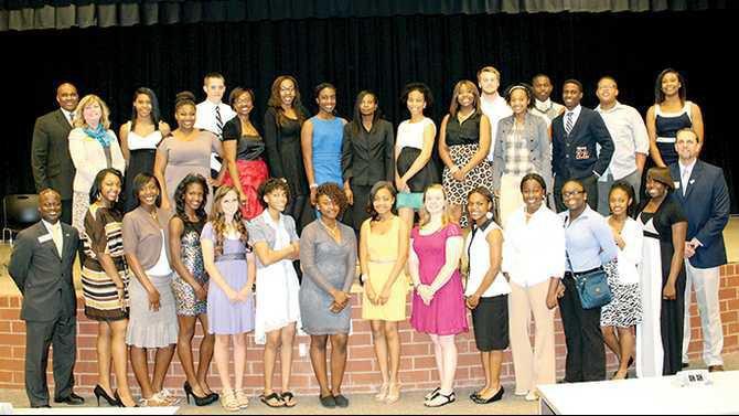 Rockdale-Youth-Leadership-2013-graduating-class-IMG 1975