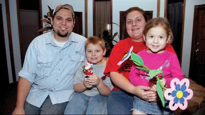 Santa-Hunt-winners-12-1-12 the Covington family