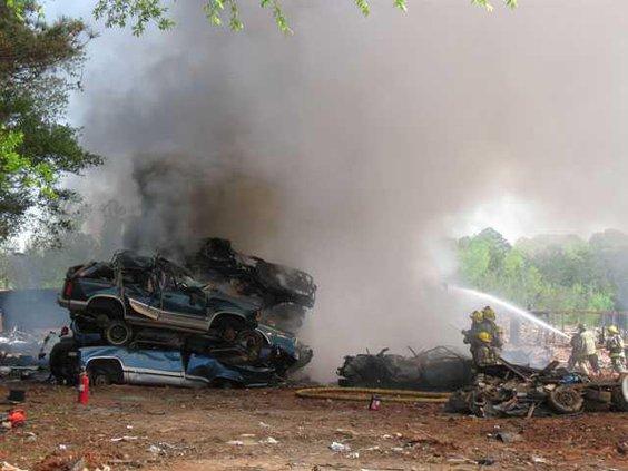 junkyard-fire-horiz-IMG 4263