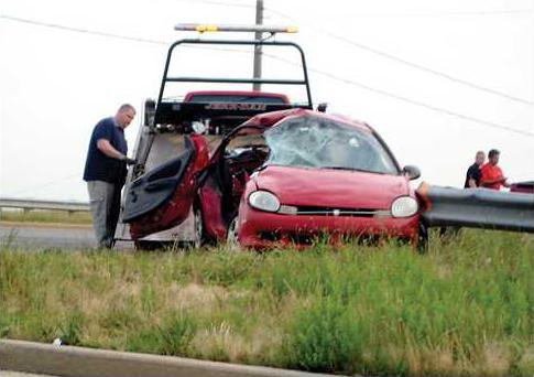 salem road wreck car IMG 0228