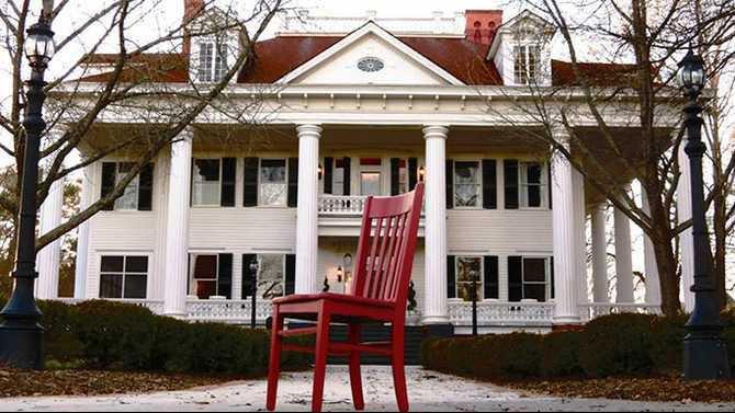 Twelve-Oaks-Red-Chair
