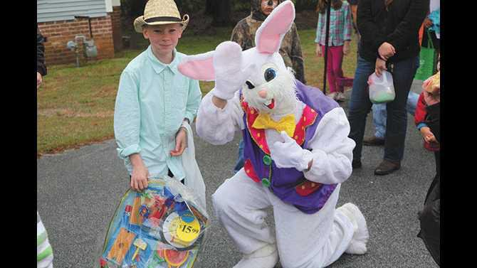 Easter--boy-and-bunny