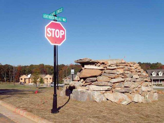 light-house-village-stump-