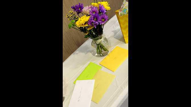 flowers-and-cards