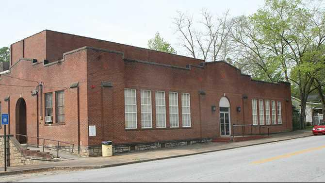 0410CONYERS GYM