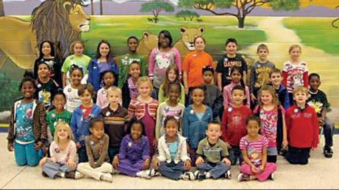 LES-students-of-the-month-Nov-2012-Pick-of-Pride-002