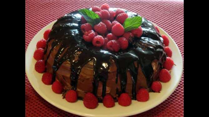 Chocolate raspberry marscapone cake