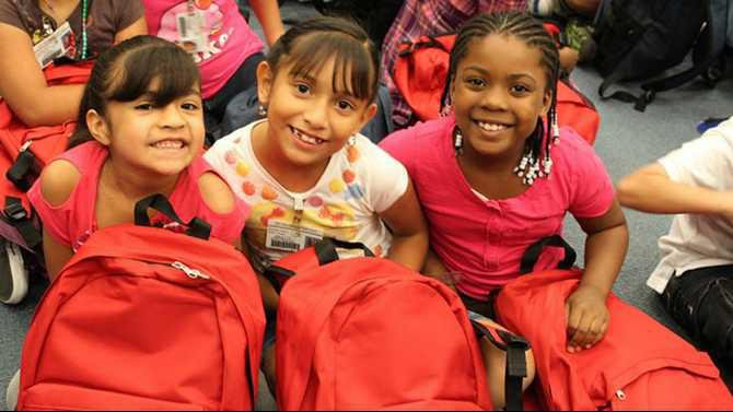 JHH-Elem-Sch-bookbags-photo