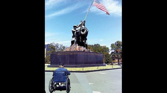 honor-flight-WWII-Marine-Perry-Roy-Pugh-93-at-Iwo-Jima-Memorial---sept-13-015