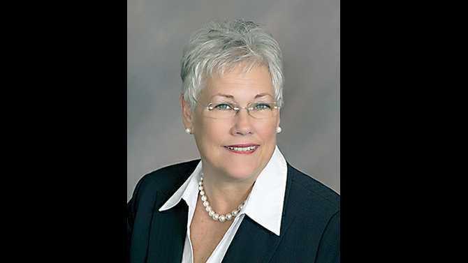 Debbie-Smith---GUCU-new-head-90692-D-Smith-CD-GD7W8454