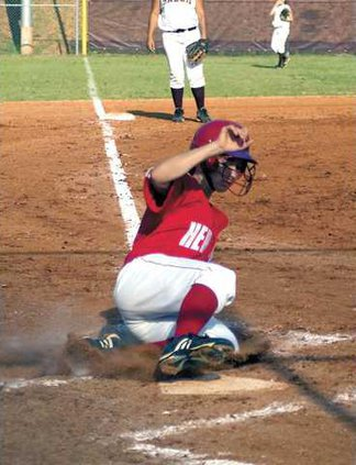 softball-hhs-slider