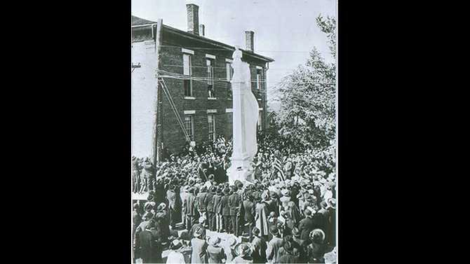 Confederate-Memorial-Monument---April-26-1913