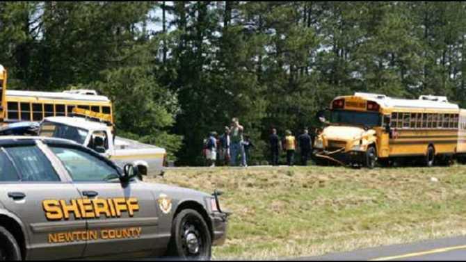 bus wreck on I20 5-19-12 IMG 9137 recut 2