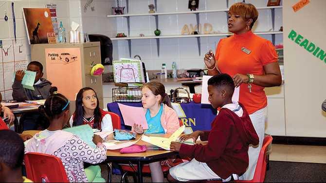 Sims-Elem-AVID-teacher-in-classroom-IMG 1550