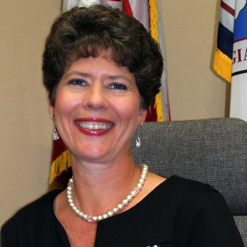 18NEW Covington - Leigh Anne Knight CITY MANAGER.jpg