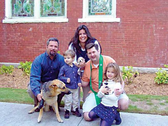 Animals---Dr.-John-Beyers-w.McGhee-family-and-their-pets