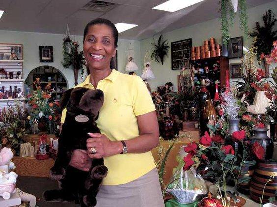 buy-local---glorias-florist