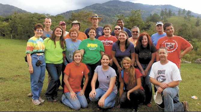 CFUMC-Honduras-mission-group-picture-2014