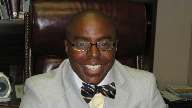 Winston-McDonald---candidat