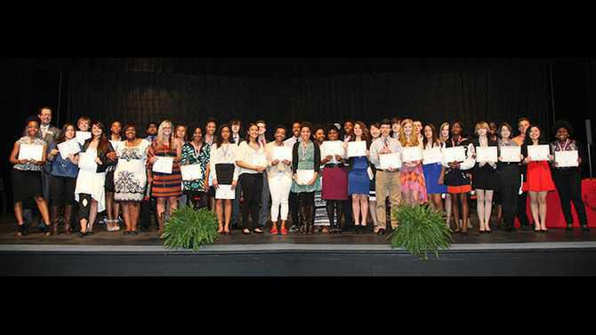 Supt-Academic-Awards-2014-Seniors-only