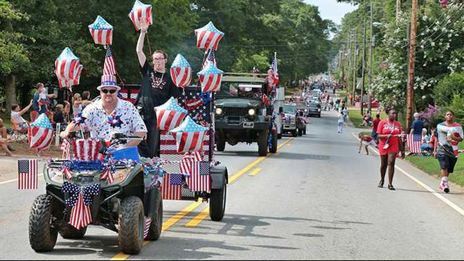 Oxford Parade July 4 2014 Photo-Jul-04-9-37-44-AM