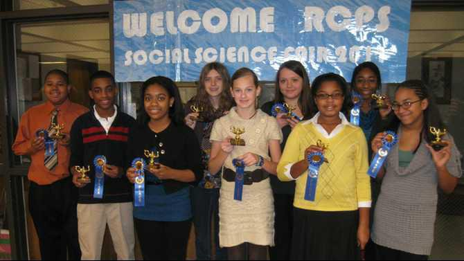 RCPS 2011 Social Studies Fair first place winners IMG 7900