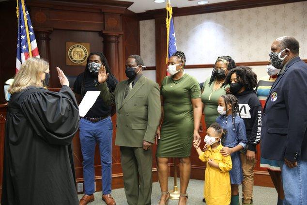 Bailey sworn in at BOE
